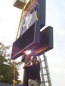 Pylon Signs Austin Sign Company