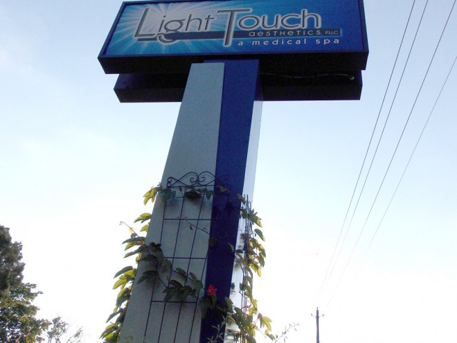 signage-for-spas-light-touch