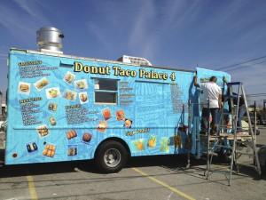 vehicle-graphics-wraps-austin-donut-taco