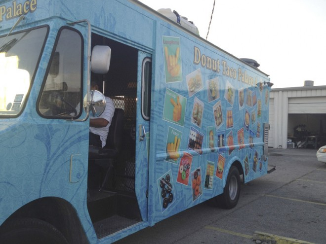 vehicle-graphics-wraps-austin-donut-taco-4